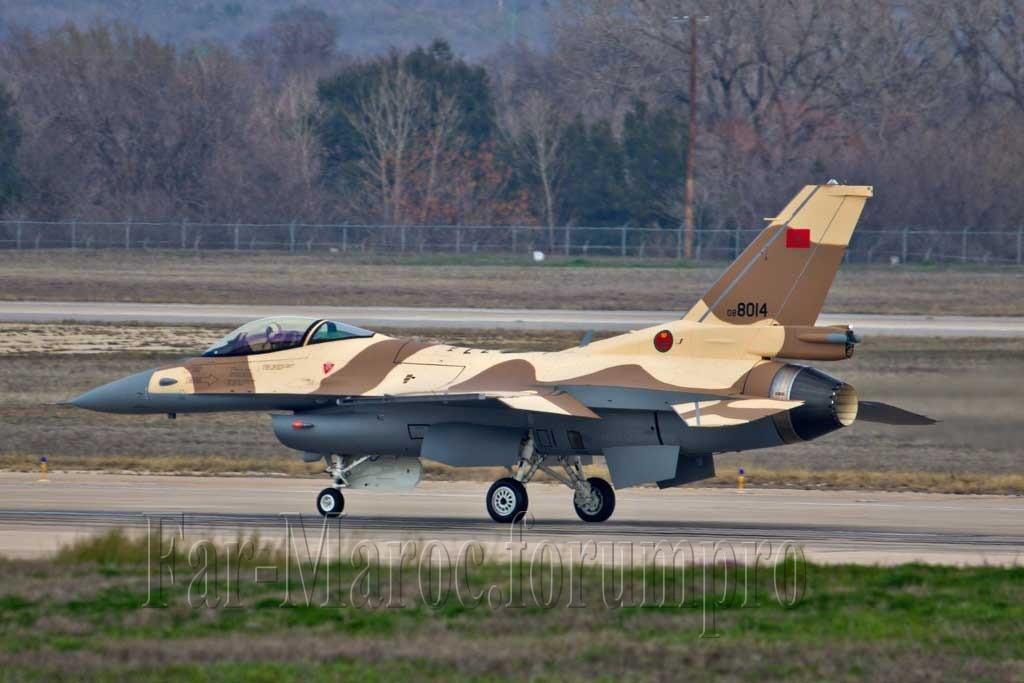 Photos RMAF F-16 C/D Block 52+ - Page 2 Img_6710
