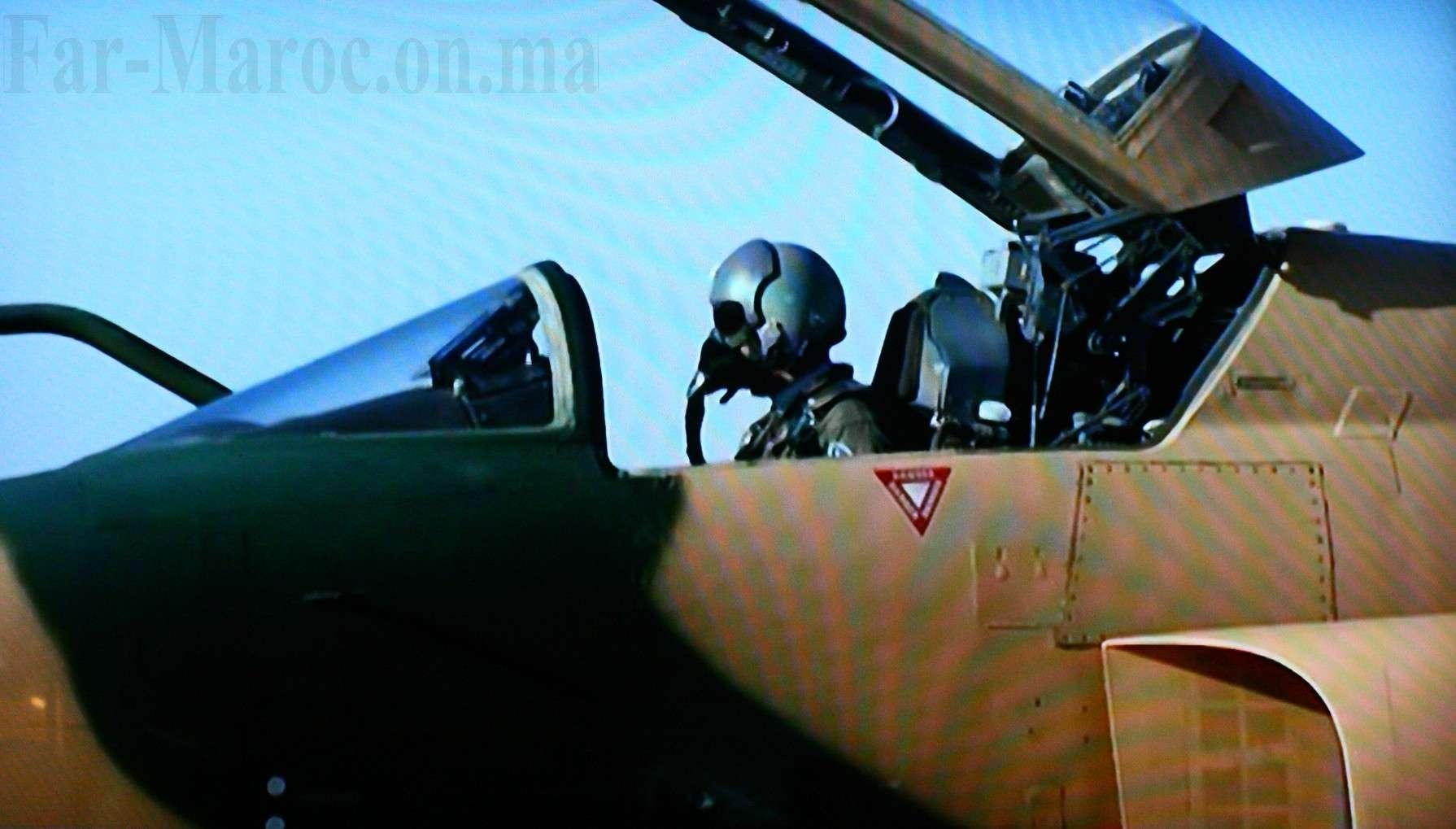 Tenues de vol / Equipements de nos pilotes - Page 3 Img_8610