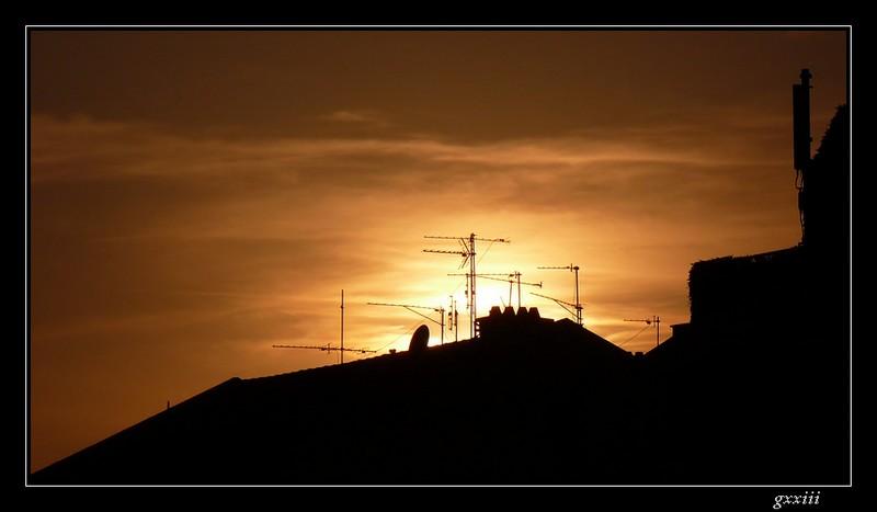coucher de soleil - Page 4 02050811