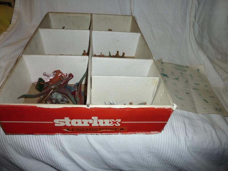 Les figurines Starlux : préhistoire, animaux, soldats etc... P1030612