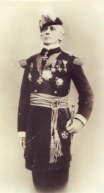Vice-amiral Guépratte expéditon des Dardanelles (trouvé) - Page 3 Emile10