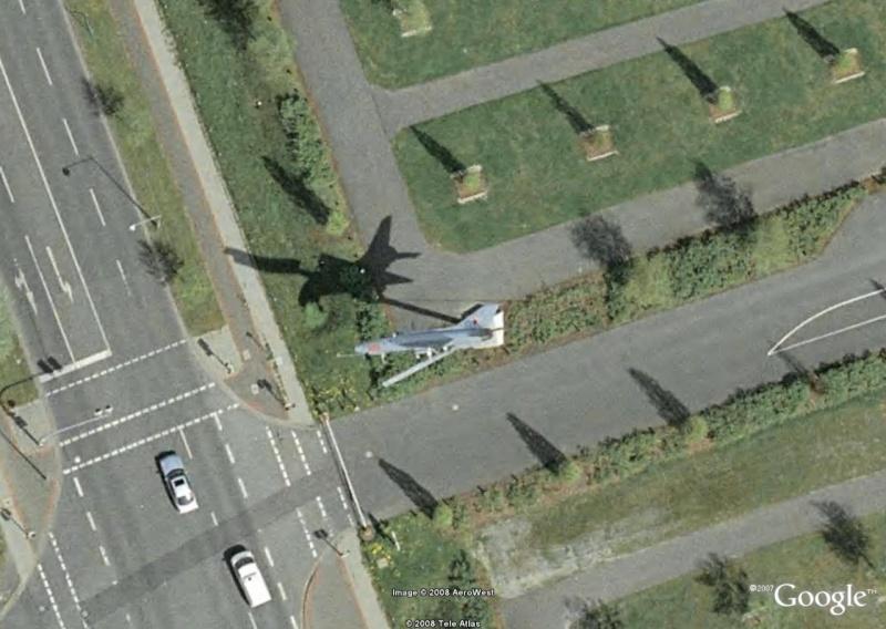 Un avion dans la ville - Page 8 A12