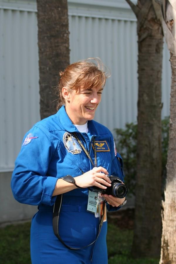 [STS-126] Endeavour : préparatifs (lancement le 14/11/2008) Img_5710