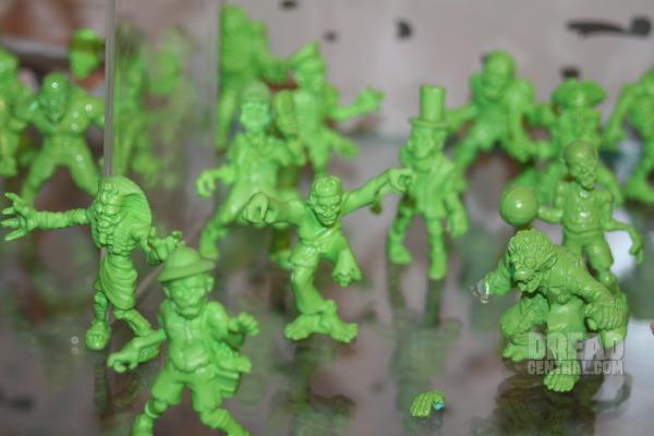 S.L.U.G Zombies de Jakks Pacific Toyfai14