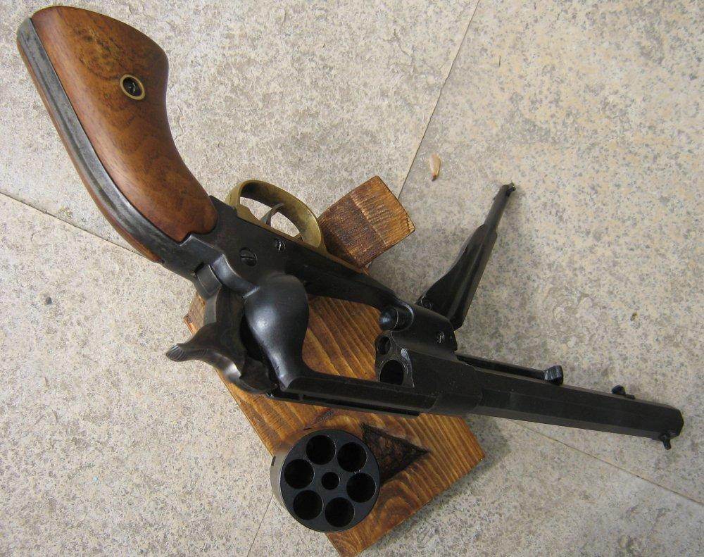 """""""petit"""" dernier de ma collection, le Colt Walker Img_2516"""