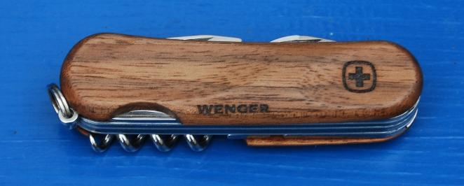 Couteaux suisses (Victorinox et Wenger) - Page 2 Wenger10