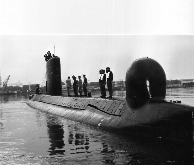 [ Divers - Les classiques ] A mes anciens matelots et QM des années 72/76 Sm011010