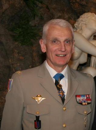 Général Dary 118