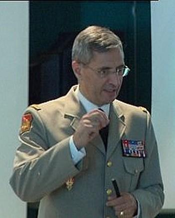 Journal Officiel : passation de commandement Légion Etrangère Image_10