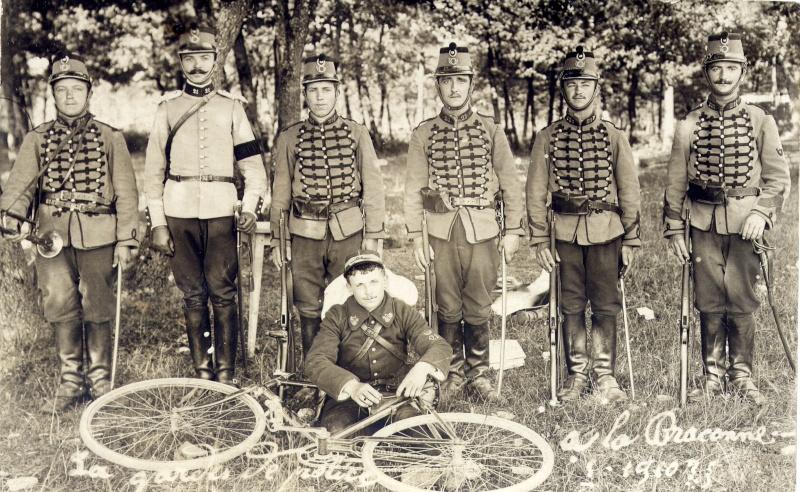 cycliste du 21em Chasseur a Cheval Jan04710
