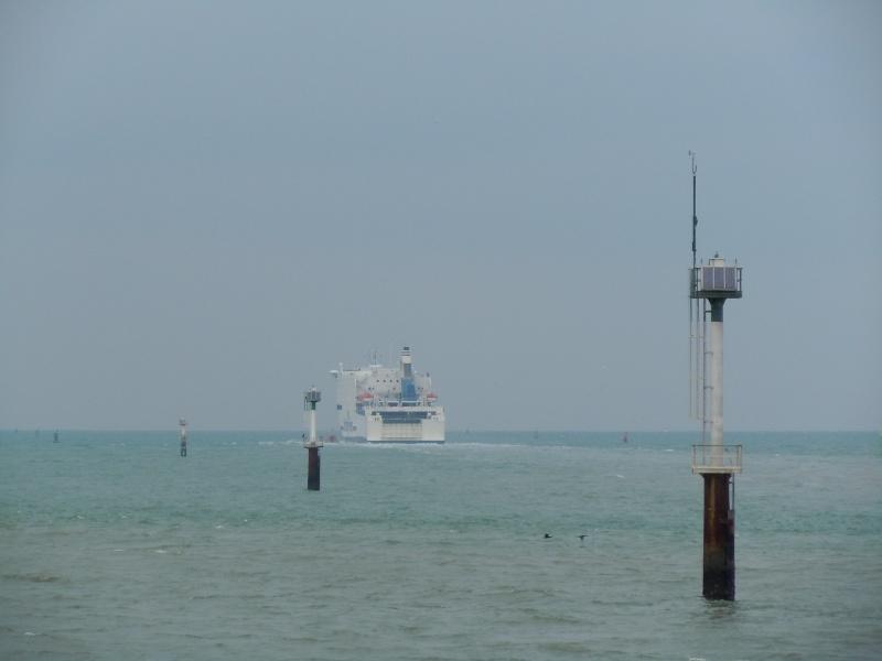 Un hiver sans ferries pour Cherbourg. En_rou10
