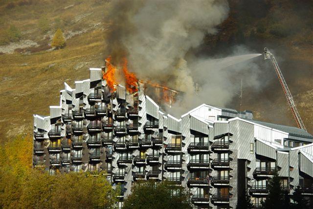 [ValIsère]Incendie à Val d'Isère 75110
