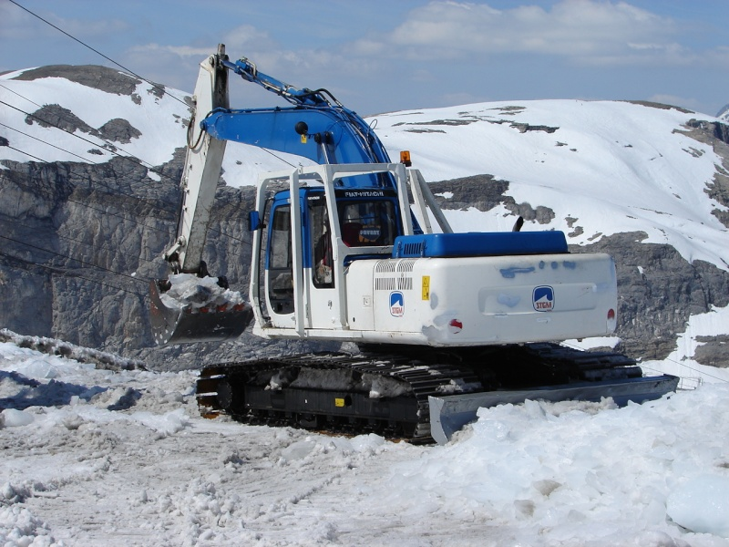 L'entretien des remontées mécaniques Dsc00012
