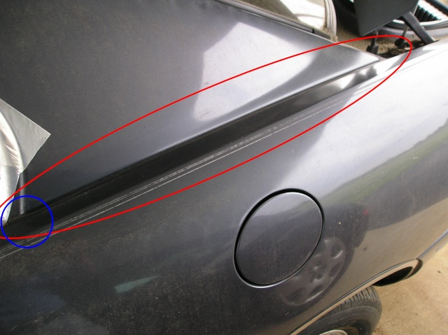 rubber between quarter panel and Sail Panel Paint_38