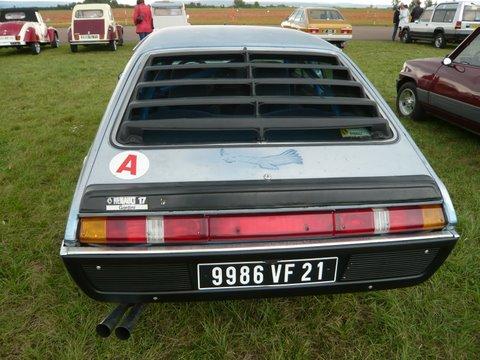 Photos de R15 & R 17 en arrière plan P1110613
