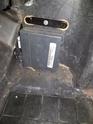 boitier dans compartiment batterie C6 Z06 87046210