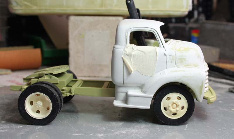"""CHEVY 1948 COE """"tracteur"""" :  Terminé !!!!   (13 / 01 / 13) - Page 4 Img_3211"""
