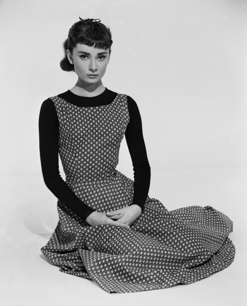 Mode et chiffons au cinéma et à la télévision  Audrey10