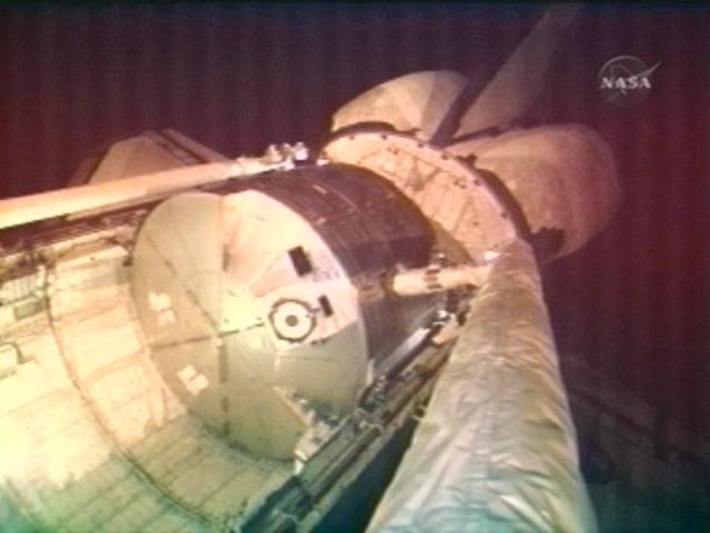 [STS123] EVA1 Vlcsna27