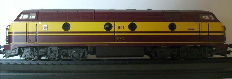 CFL Série 1800 3310