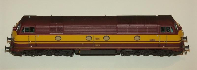 CFL Série 1800 Models19