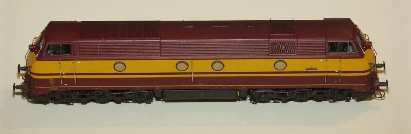 CFL Série 1800 Models20