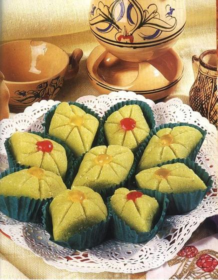 حلويات العيد من العلا.... ماتفوتيهاش عليك 15751613