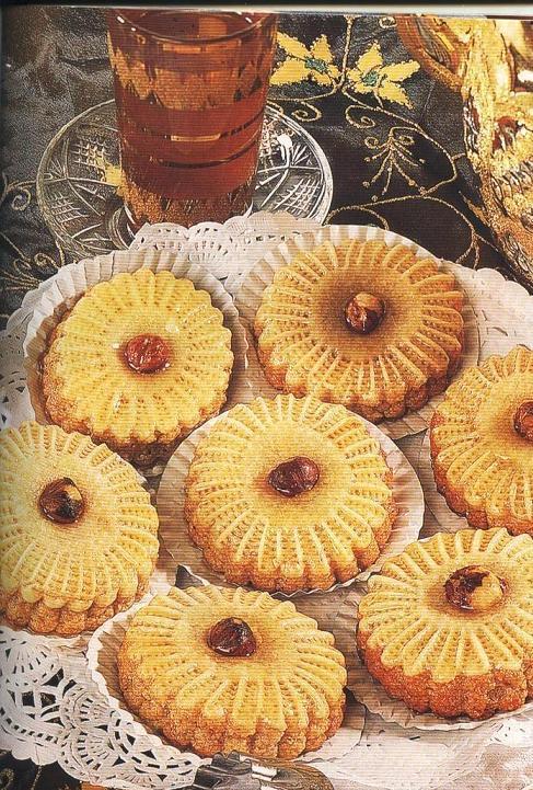 من أجمل الحلويات الجزائرية مضهرا ومذاقا  15771610