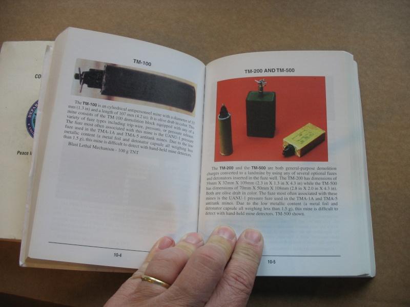 Dela documentation d'époque et des bibles Img_5425