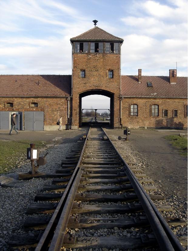 Camps de concentration et d'extermination Ausch310