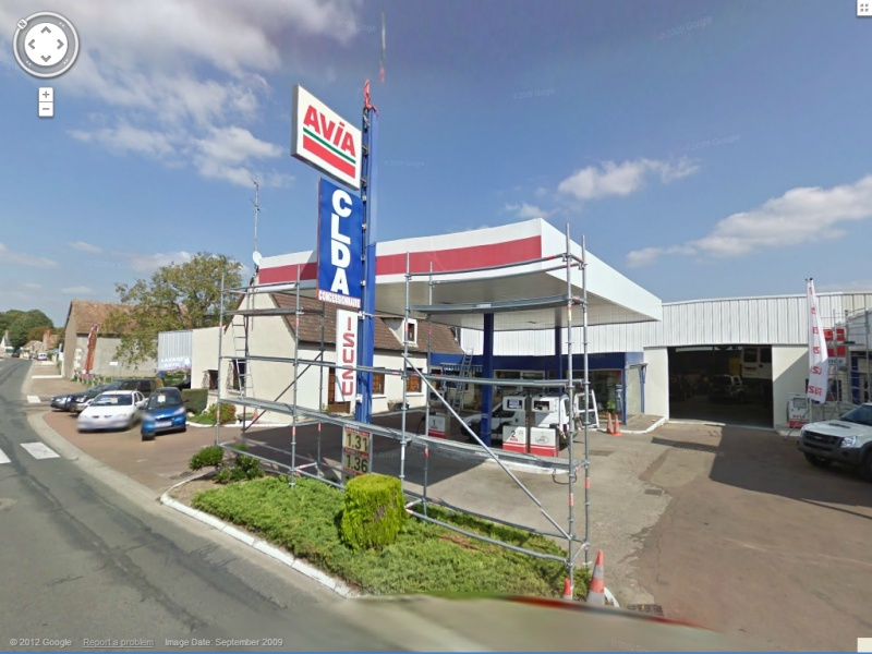 STREET VIEW : les enseignes de stations carburant / essence - Page 4 Avia10