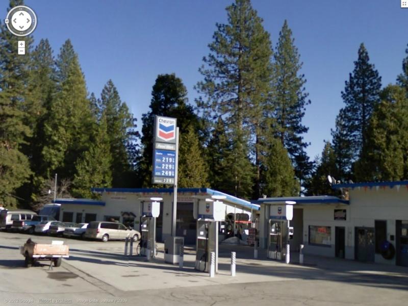 STREET VIEW : les enseignes de stations carburant / essence - Page 3 Chevro10