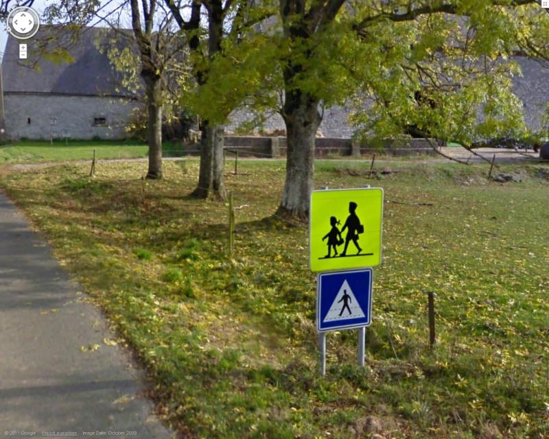 STREET VIEW : les panneaux routiers Ecole10