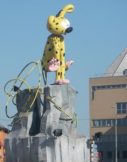 Statue du Marsupilami, Charleroi - Belgique Marsup11