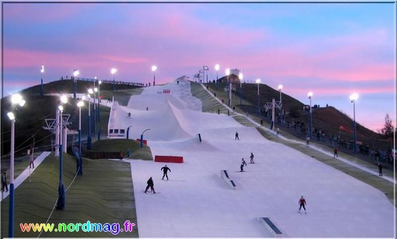 Piste de ski sur un terril à Noeux les Mines, France Noeux210