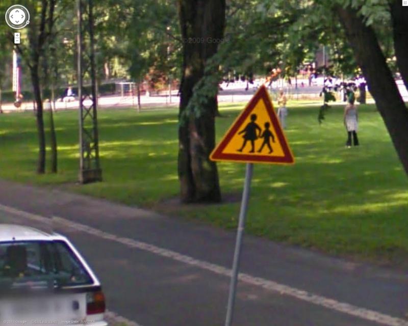 STREET VIEW : les panneaux routiers Pano310