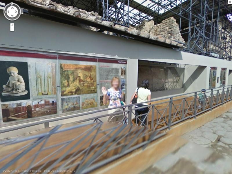 STREET VIEW : un coucou à la Google car  - Page 18 Pompei10
