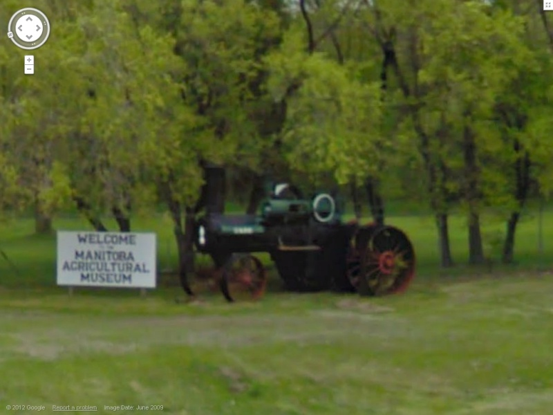 STREET VIEW : les tracteurs en ville ! Tracte11