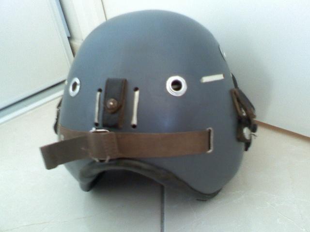 Rénovation casque de pilote aéronavale années 70. 03230810