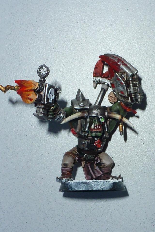 [Orks-Peinture] c'est que des eldars, on peut renvoyer la moitié des boyz ! P1010611