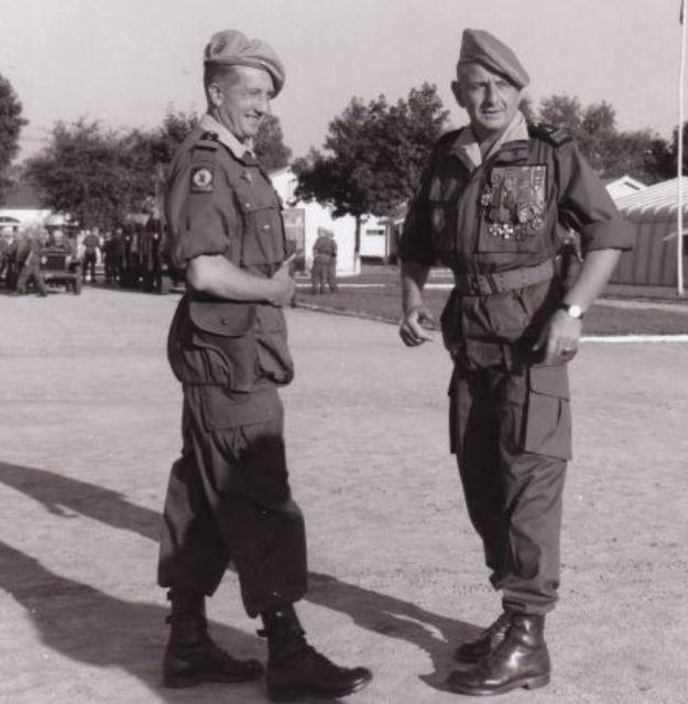 Le colonel BIGEARD au camp d'Idron en 1964 Aamci_18