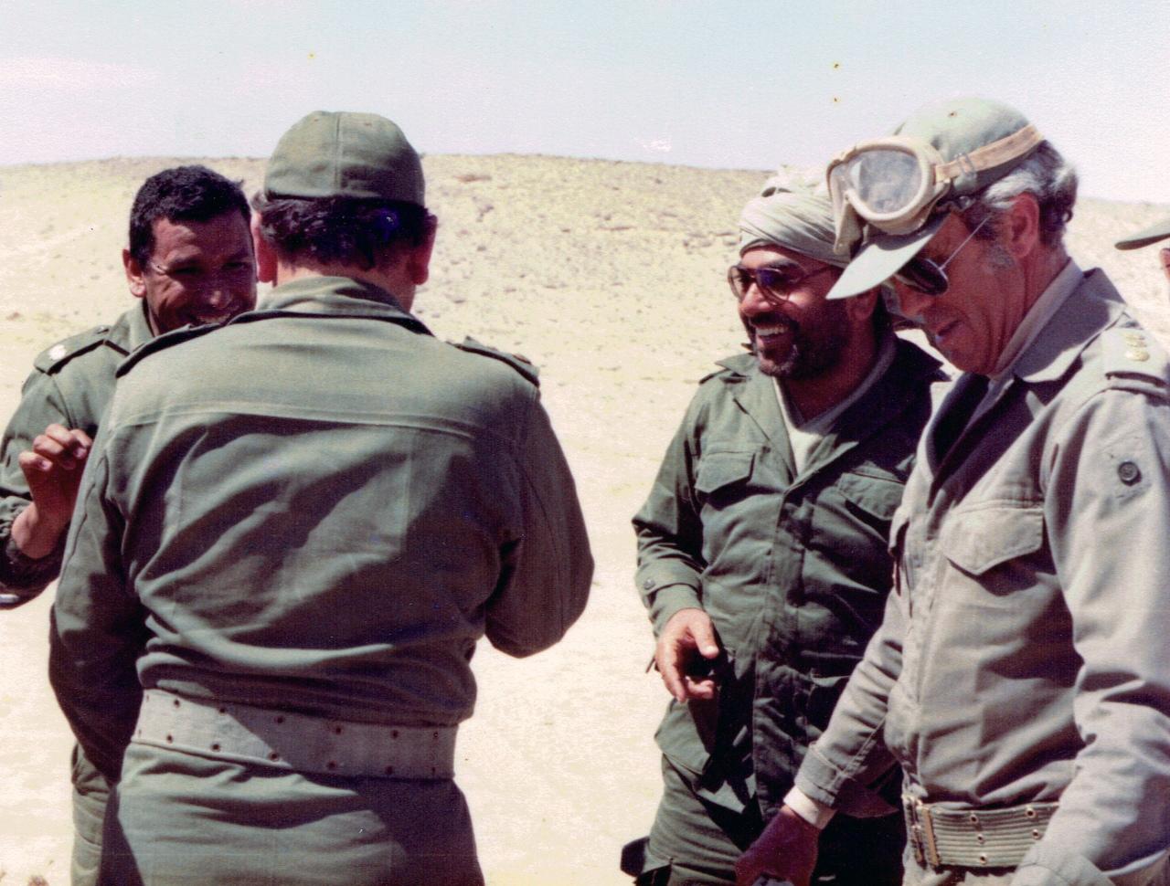 Feu le colonel Abdeslam El Abidi (Alpha Bravo)  - Page 2 001_av10