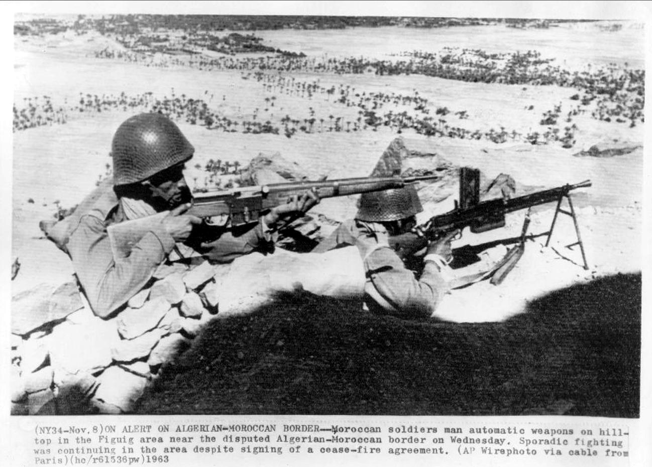 Photos - Guerre des Sables - 1963 - Page 8 00514