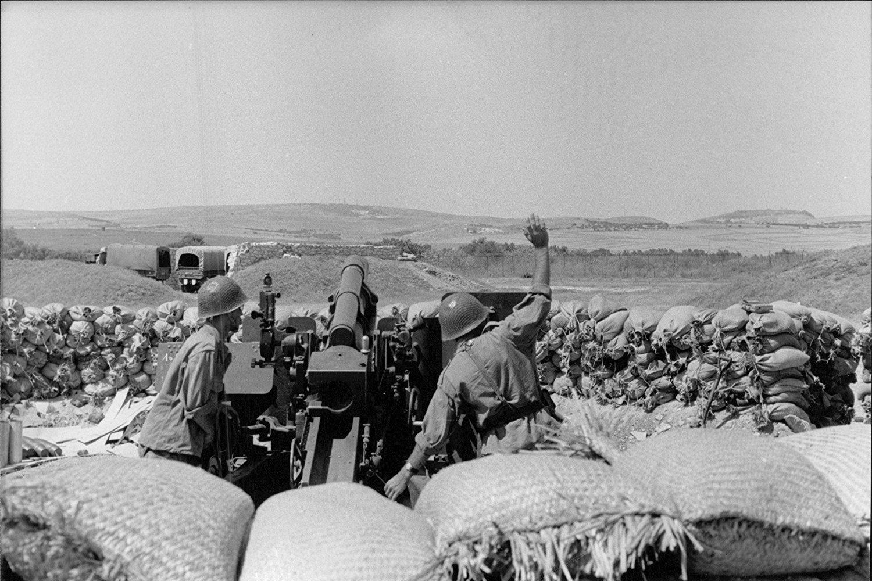Photos - Guerre des Sables - 1963 - Page 8 007_310