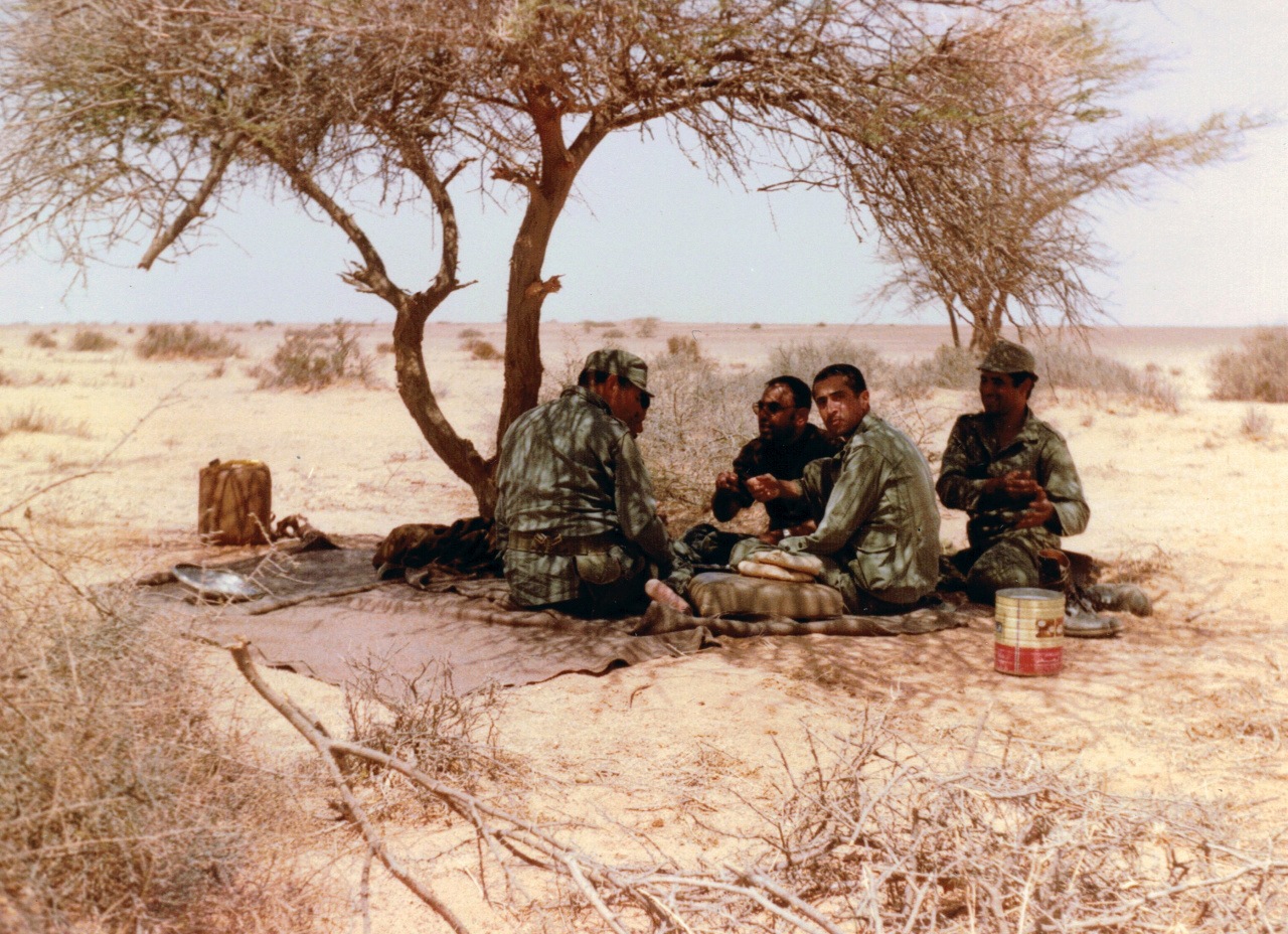 Feu le colonel Abdeslam El Abidi (Alpha Bravo)  - Page 2 00811