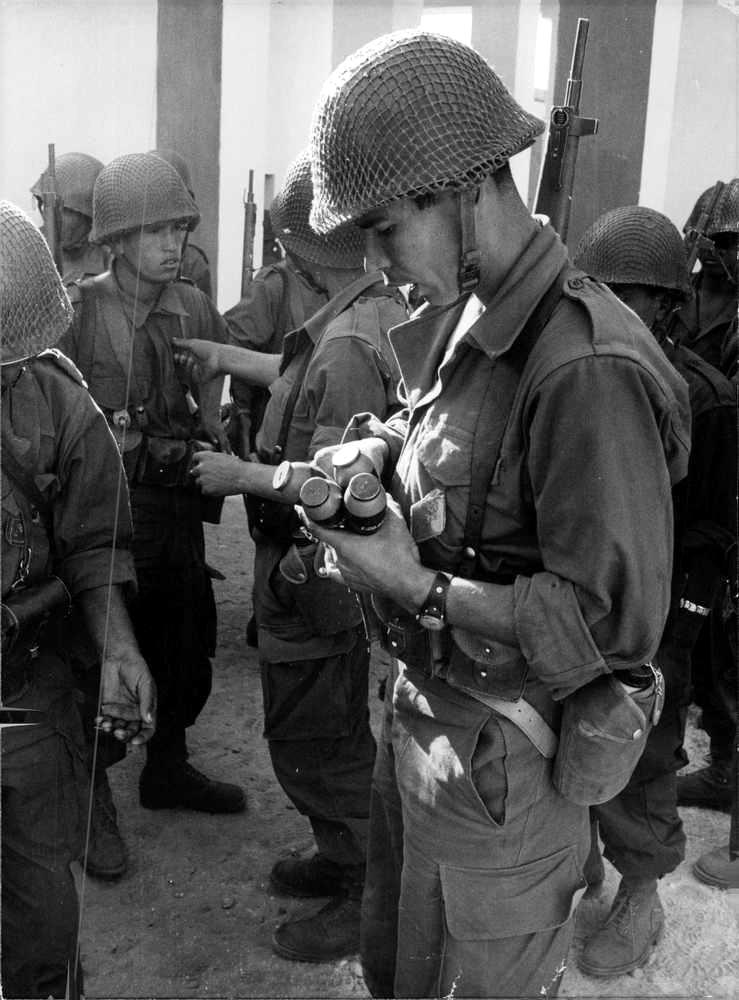 Photos - Guerre des Sables - 1963 - Page 8 009_410