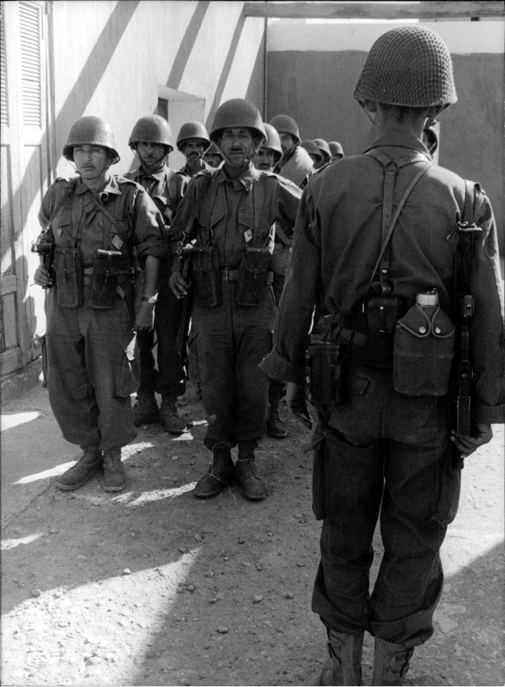 Photos - Guerre des Sables - 1963 - Page 8 009_810
