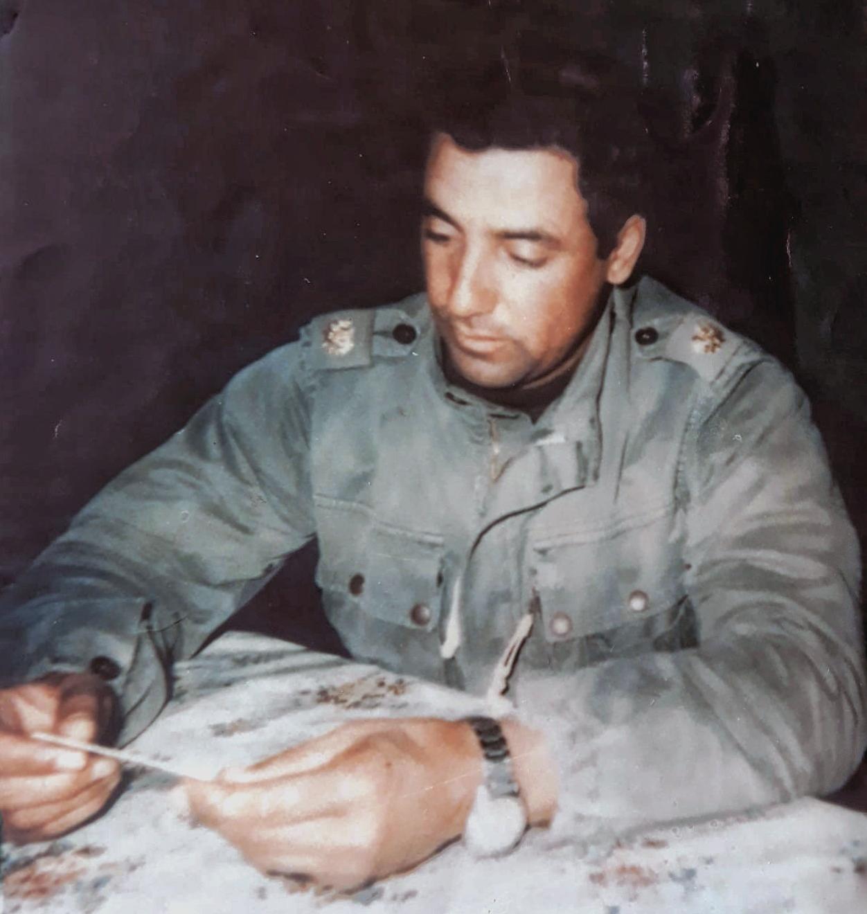 Hommage à Feu le Commandant Ali Bezzaa 0111