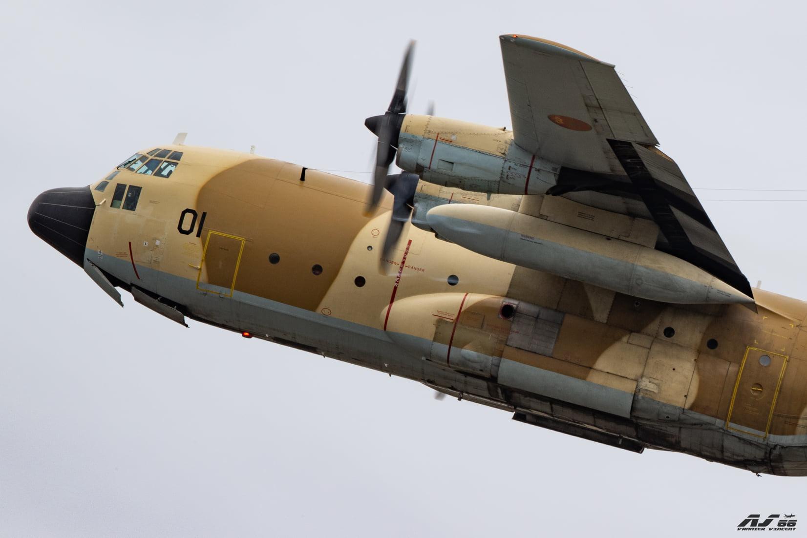 FRA: Photos d'avions de transport - Page 41 12314410