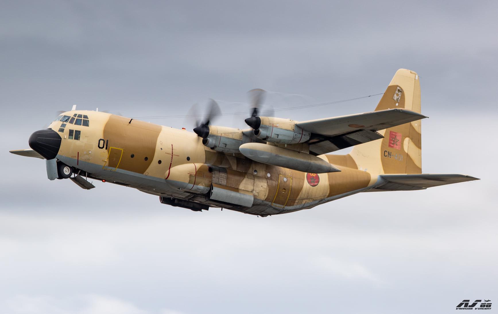 FRA: Photos d'avions de transport - Page 41 12316210